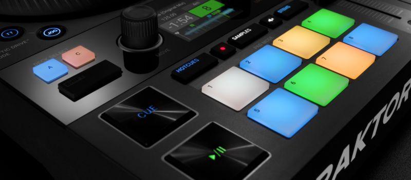 Traktor : DJ Controllers : Traktor Kontrol S4 | Products